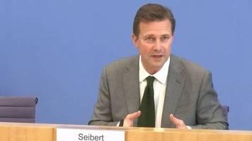 Video: Merkel beharrt auf Pflicht-Abstand in Coronakrise