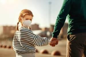 Covid-19-Pandemie: Corona-Krise: Warum Patchwork-Familien besonders leiden