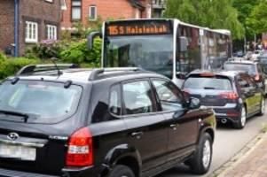 pinneberg: pinneberger ortsdurchfahrt gesperrt – chaos im wohngebiet