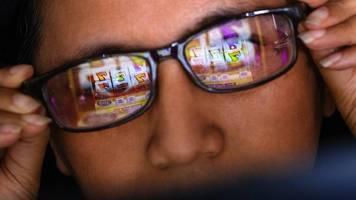 werbeverbot für online-casinos? gericht verhandelt im streit um tv-spots für hyperino und co.