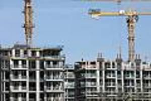 Lieferketten kaputt, Behörden brauchen ewig - Häuser werden wegen Corona erst Monate später fertig: Neues Wohnproblem droht
