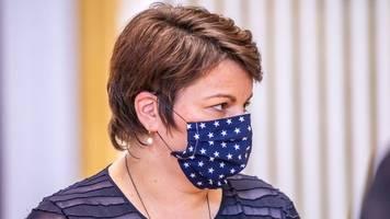 Pflegende Angehörige sollen Prämie von 500 Euro erhalten