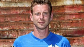 Verteidiger Ahlschwede verlängert beim FC Hansa Rostock
