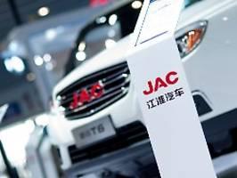 Investitionen in E-Mobilität: Volkswagen plant Milliardenzukäufe in China