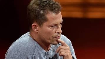 Nach Morddrohungen: Take a Chill-Pill: Til Schweiger kritisiert Drosten und Lauterbach – dann löscht er den Post