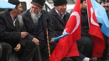 US-Kongress beschließt Sanktionen gegen China wegen Lage der Uiguren