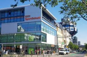 schloßstraße: globetrotter zieht vom kreisel in die mitte der schloßstraße