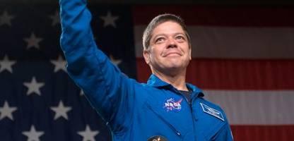 SpaceX-Kapsel für die Nasa: Die großen Stars-and-Stripes-Festspiele