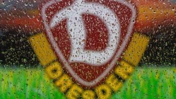 2. Liga: Dynamo Dresden spielt gegen den Rest der Welt