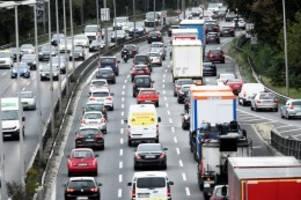 Verkehr: Trotz Corona: Berliner müssen mit Staus zu Pfingsten rechnen