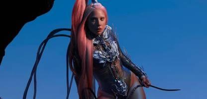 chromatica: lady gaga tanzt sich mit neuem album frei