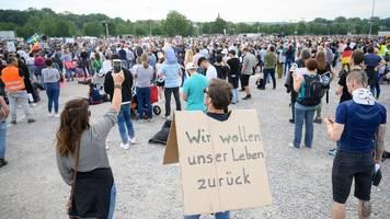 Pfingstwochenende: Demos gegen Corona-Einschränkungen