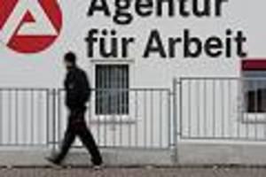 Die Pandemie kostet, ganz Deutschland zahlt - Folgen der Corona-Rezession: Fünf Gefahren bedrohen jetzt Ihr Geld