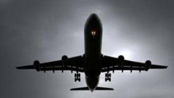 China lässt Manager rein: Sonderflug nach Tianjin
