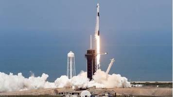 Cape Canaveral: SpaceX-Rakete startet erfolgreich mit US-Astronauten zur ISS