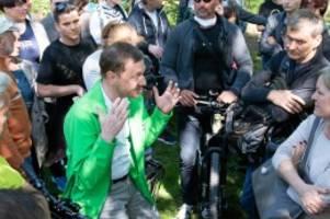 Corona-Demonstration: Ohne Mundschutz: Kein Strafverfahren gegen CDU-Politiker