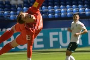 Bundesliga: Bremer Coup auf Schalke – Herthas Labbadia-Lauf geht weiter