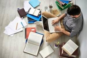 Hochschulen: Hamburger Studenten starten später ins Wintersemester