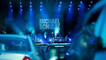 alternative: michael schulte weicht auf autokino-konzerte aus