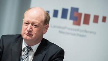 Finanzminister Hilbers will Soli abschaffen