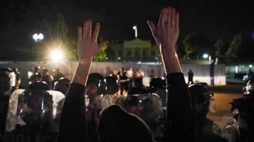 usa: proteste in minneapolis gehen trotz ausgangssperre weiter