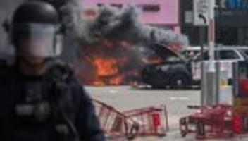 Polizeigewalt in den USA: Brände bei Ausschreitungen in Los Angeles