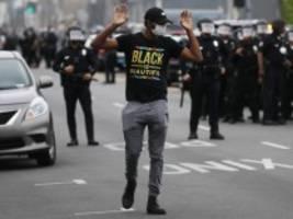 Proteste in den USA: Proteste gegen US-Polizeigewalt erreichen Europa