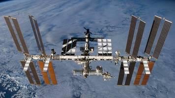 SpaceX: Zwei US-Astronauten an Internationaler Raumstation angekommen