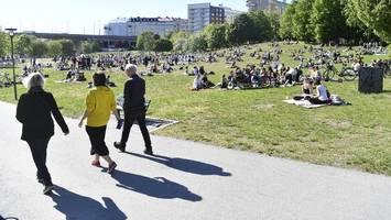 corona-news: schweden verzeichnet erstmals keine neuinfektionen in 24 stunden