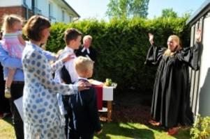 Kreis Pinneberg: Konfirmation in Zeiten von Corona – eine Garten-Tour
