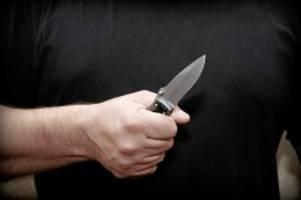 St. Pauli : Mann nach Messerstich notoperiert – Mordkommission ermittelt