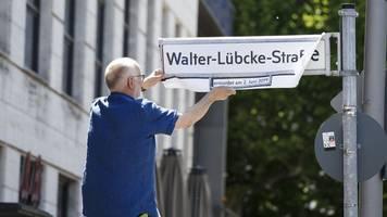 gedenken an lübcke: berliner straße symbolisch umbenannt