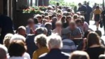 Corona-Regeln: Düsseldorf prüft Zugangsbeschränkung zur Altstadt