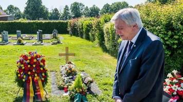 Ermordeter Regierungspräsident: Trauer am Todestag von Walter Lübcke – Prozess startet bald