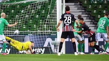 Nachholspiel: Herber Rückschlag für Werder: Heimpleite gegen Frankfurt