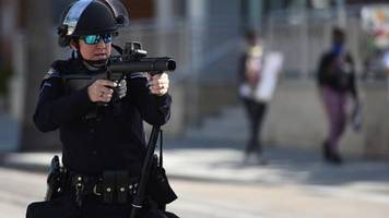 Proteste gegen Polizeigewalt: Einsatz von Gummigeschossen in den USA: Die tödliche Gefahr der nicht tödlichen Waffen