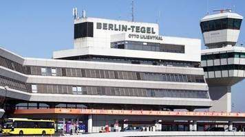 steigende passagierzahlen: berliner flughafen tegel bleibt am netz