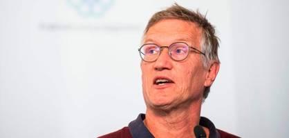 """schwedens epidemiologe übt selbstkritik – """"zu viele zu früh gestorben"""""""