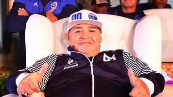 Argentiniens Fußball-Legende: Maradona verlängert Trainer-Vertrag in La Plata