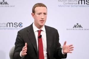 Mark Zuckerberg in der Kritik: Facebooks Fassade bröckelt