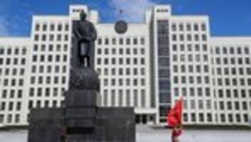 belarus: präsident lukaschenko löst regierung auf