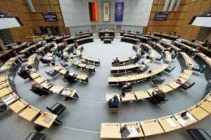 Corona-Krise: CDU enthält sich bei Votum über  Nachtragshaushalt