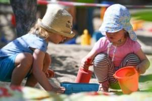 Konjunkturpaket: Kinderbonus: So bekommen Familien das neue Extra-Geld