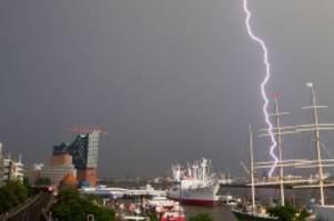 Wetter: DWD warnt erneut vor schwerem Gewitter über Hamburg