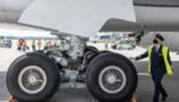fluggesellschaft: lufthansa rutscht aus dem dax