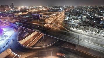 Wirtschaft in Corona-Zeiten: Saudi-Arabiens doppelte Krise
