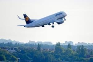 flugverkehr: flughafen tegel: abflug in die normalität