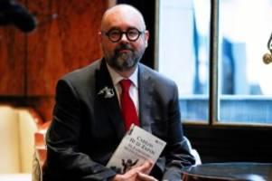 literatur: carlos ruiz zafón: autor stirbt nach krebserkrankung