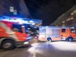 erneut brennen autos in berlin-neukölln