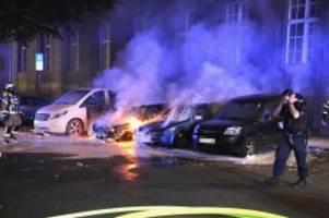 brandstiftung: autobrandserie in neukölln hält vierte nacht in folge an